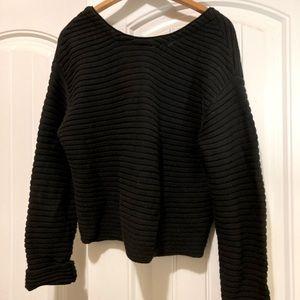 Oak and Fort think ribbed black back V sweater